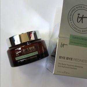 It Cosmetics Bye Bye Redness Cream